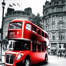 Фотообои Лондонский автобус DECOCODE 31-0011-RR (300х280см)